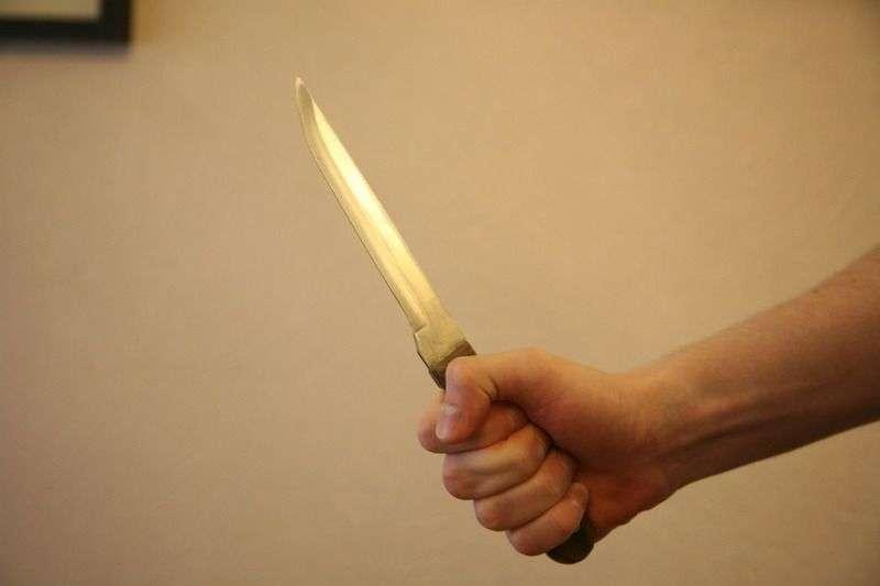 В Волгограде соседи решили спор с помощью ножа