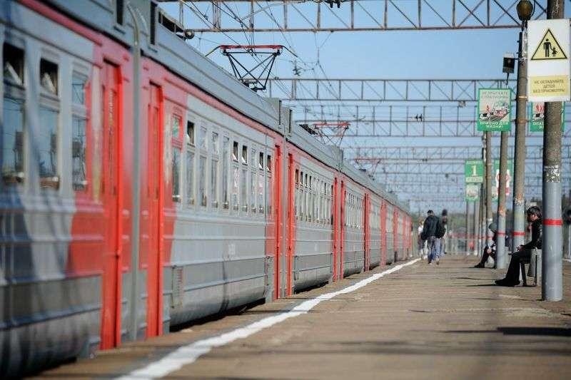 Две волгоградские школьницы тайком от родителей поехали покорять Москву