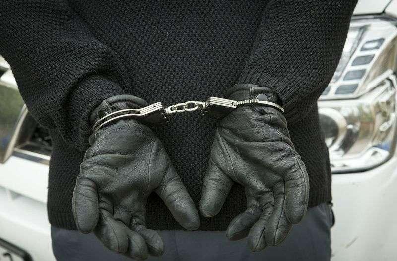 Два волгоградца ограбили таксиста, чтобы купить спиртное