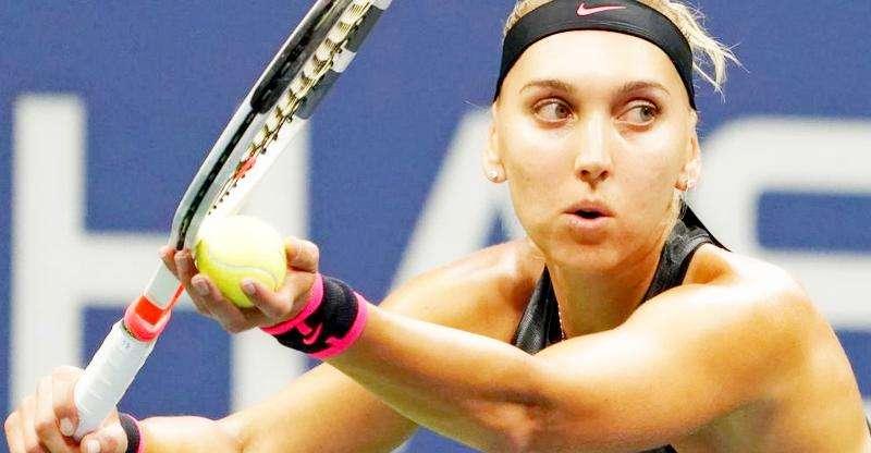 Елена Веснина снялась с турнира в Брисбене