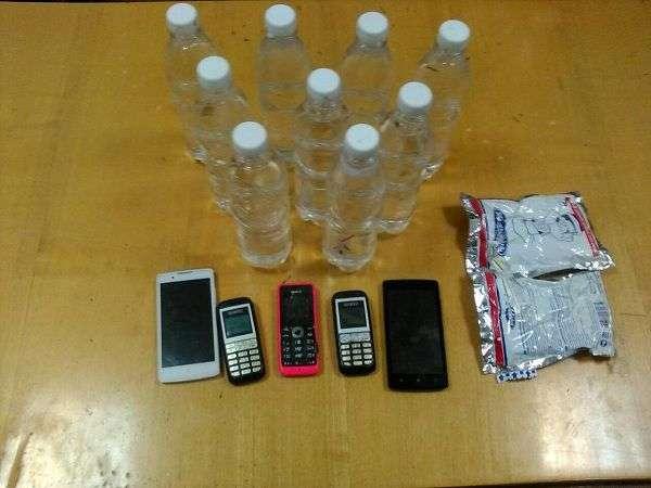 Колонии Волгограда продолжают снабжать спиртом и мобильниками