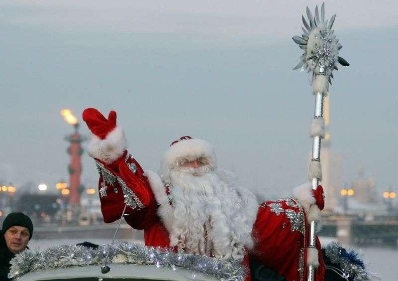 Из-за приезда Деда Мороза в Волгограде перекроют улицу