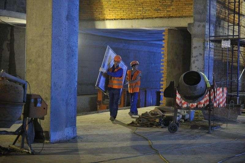 На стройке в Котельниково насмерть разбился рабочий