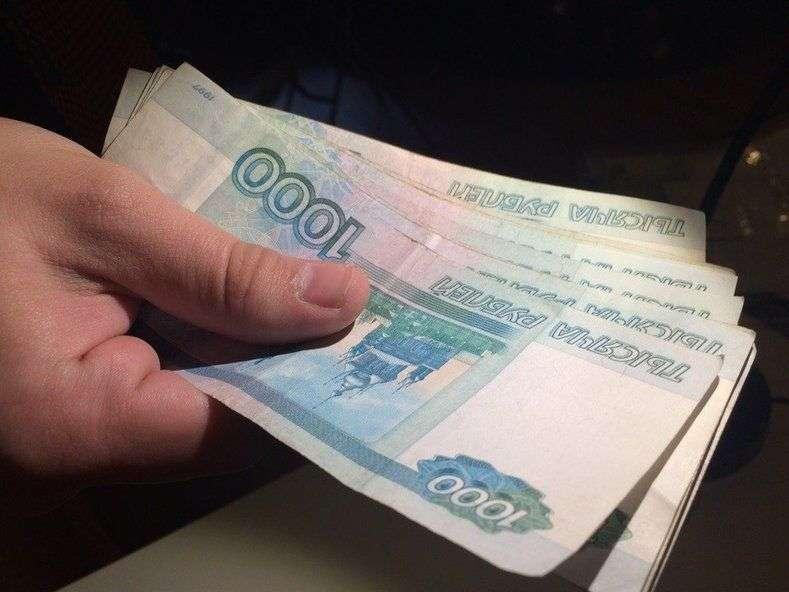 С автобуса «Камышин-Москва» сняли должника