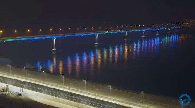 «Волгоградоблэлектро» опубликовало видео залитой ночным светом рокадной магистрали
