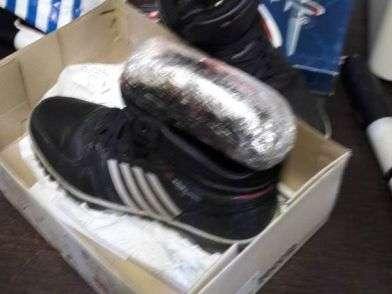 Под Волгоградом задержали курьера с наркотиками в коробке из-под обуви