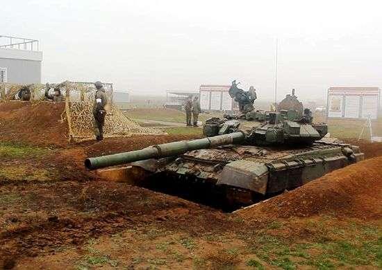 Под Волгоградом маскируют танки
