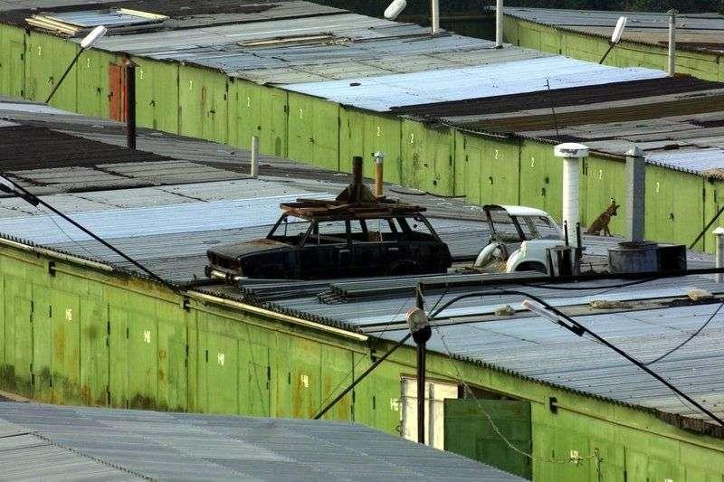 СК проверяет гараж с двумя трупами в Советском районе