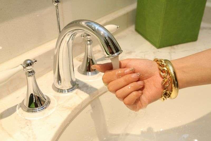 В Дзержинском районе отключат воду
