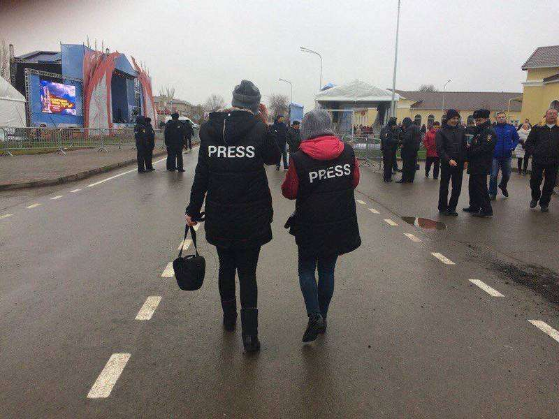 Региональное МВД разъяснило правила поведения журналистов на митингах