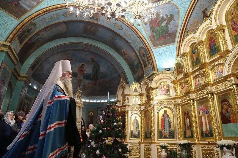 Волгоградцы празднуют Рождество Христово