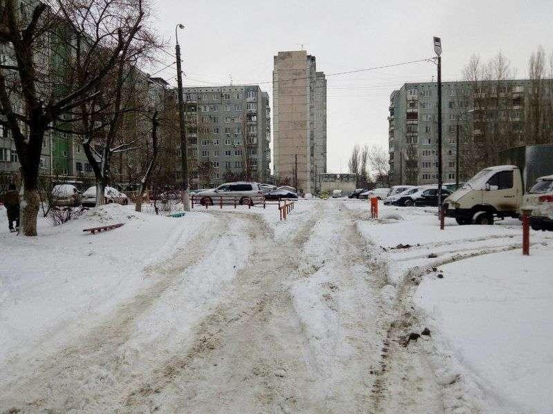 В Волгограде инспекции проверяют состояние дворов во всех районах