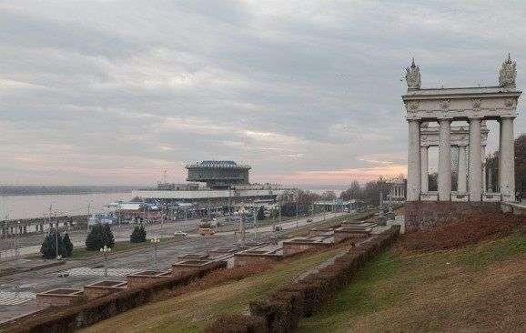 Проезд по Набережной  Волгограда полностью откроют в понедельник