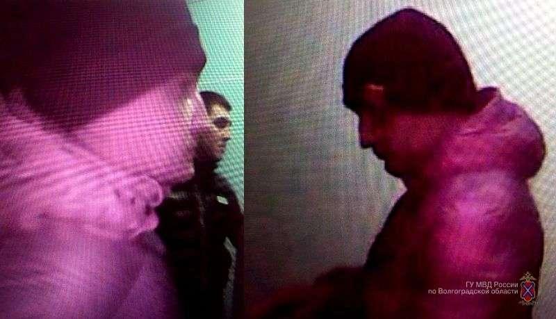 Двое преступников напали с оружием на квартиру волгоградца