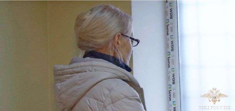 Руководитель центра косметологии задержана и доставлена в Волгоград. Видео