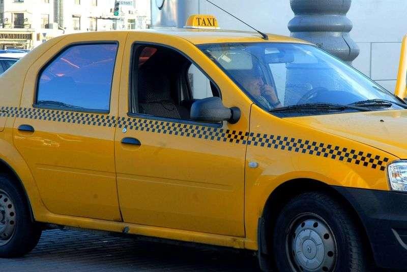 В Волгограде полицейские проверяют нелегальных таксистов