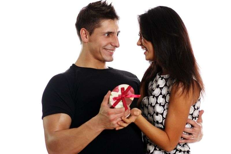 Что она от тебя хочет? Узнай по ее подарку тебе на 23 февраля