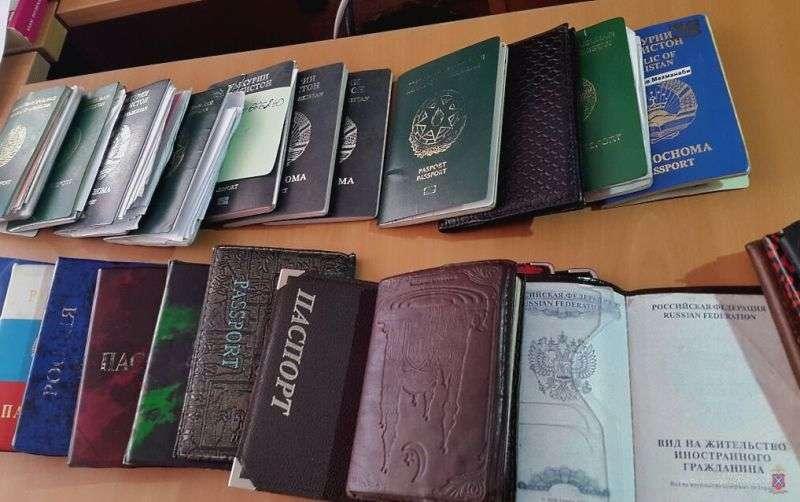 В Дзержинском районе Волгограда обнаружили восемь незаконных мигрантов
