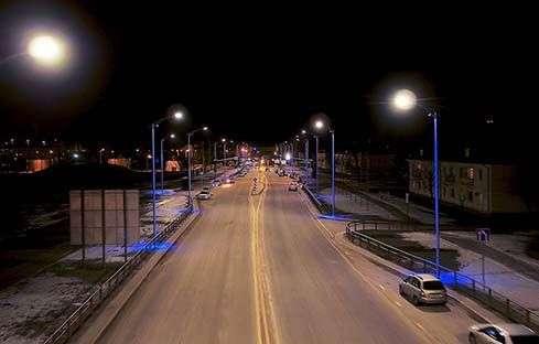 Волгоградцам показали с высоты залитое светом шоссе Авиаторов