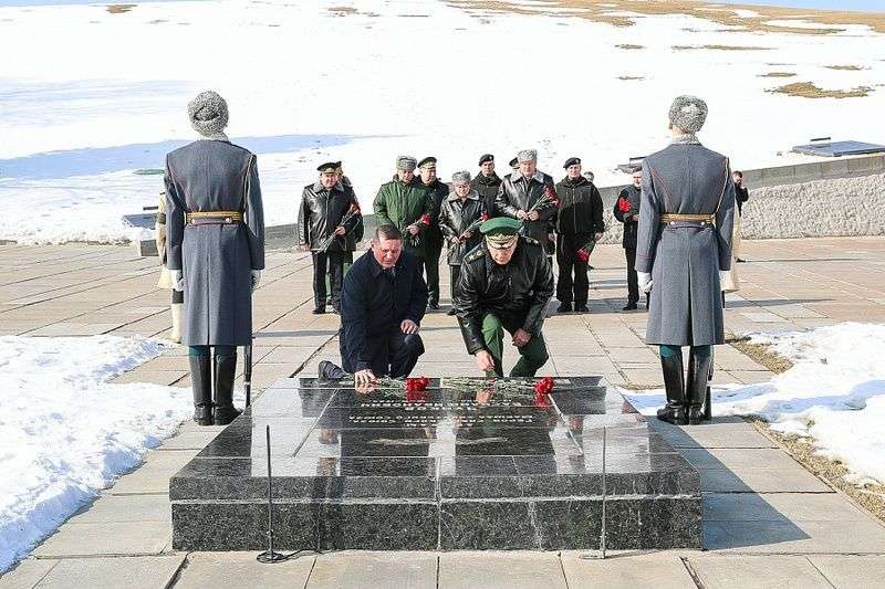 Главнокомандующий Росгвардии посетил Мамаев Курган