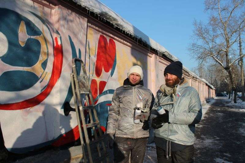 Общежитие ВолГУ украсили граффити