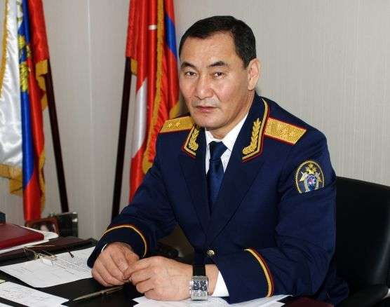 Глава СК наградил медалью «За заслуги» Михаила Музраева