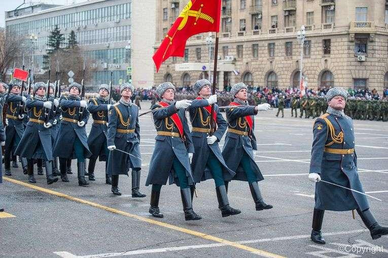 Парад в Волгограде пройдет на Площади павших Борцов