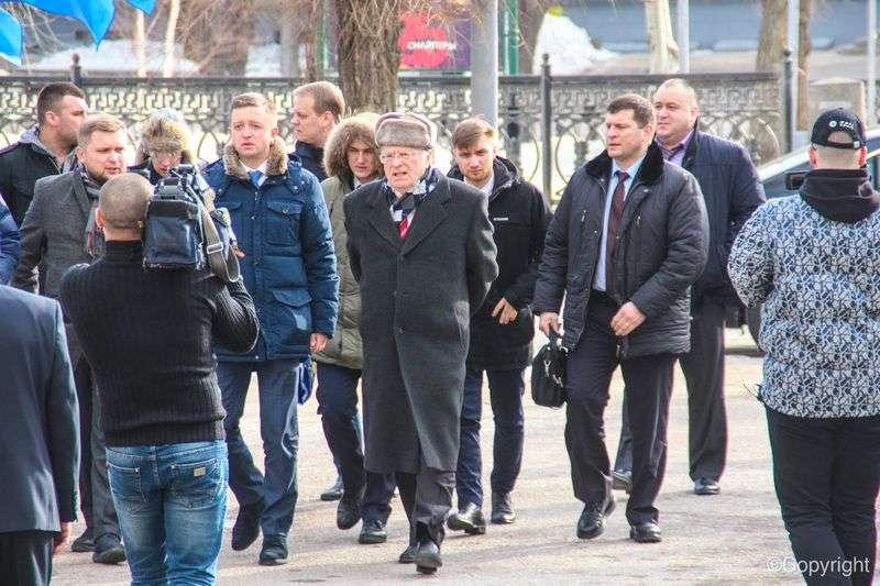 Жириновский прибыл в педуниверситет