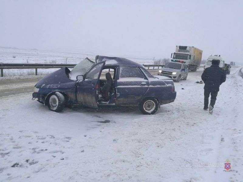 Жесткое ДТП с фурой около Дубовки унесло жизни двух мужчин