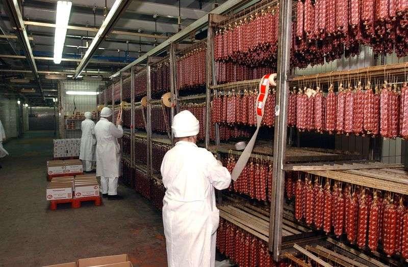 Под Волгоградом предприниматель торговал мясом без документов