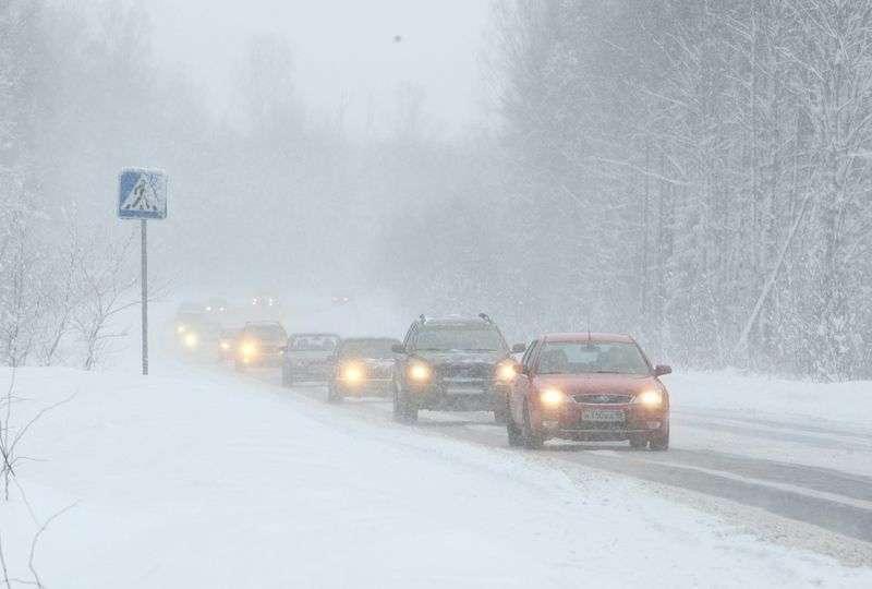 Водителей предупреждают об ухудшении погодных условий на трассах региона