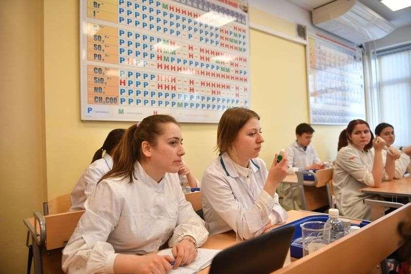 Кабинет химии морозил школьников в Кумылженском районе