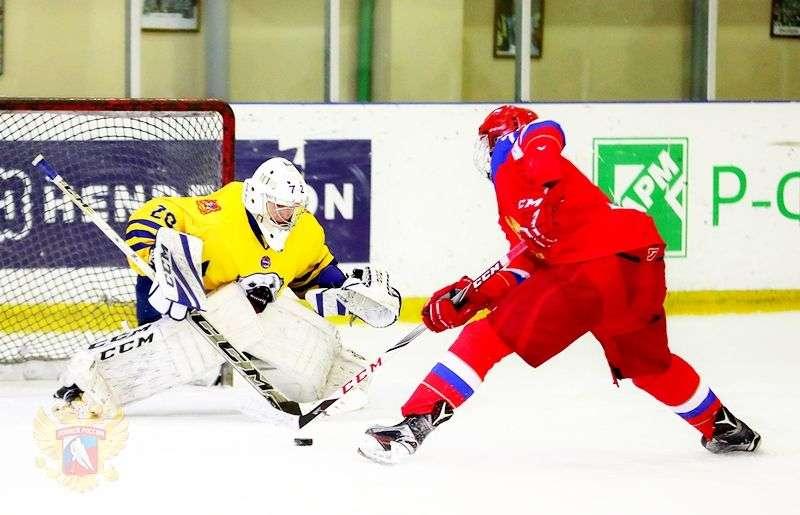 Команда Александра Зыбина сыграла два выставочных матча