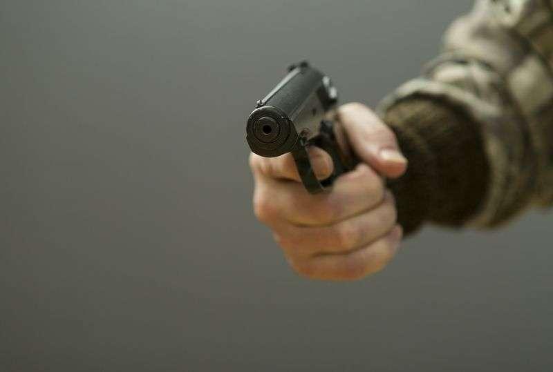 Сотня волгоградских полицейских задержала вооруженного убийцу