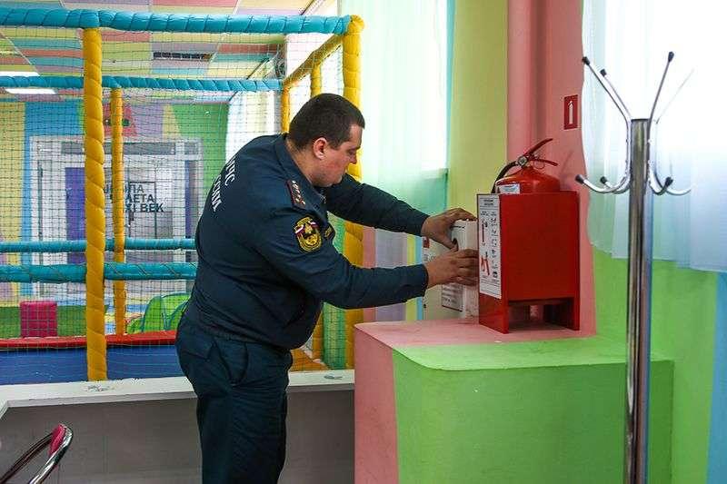 Владелец ТРК «Семь звезд» устранил нарушения пожарной безопасности на бумаге