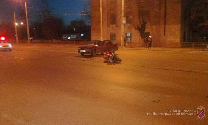 Волгоградец на «десятке» сбил мотоциклиста
