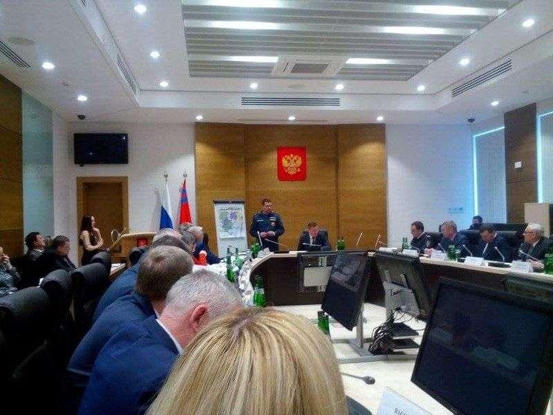 Волгоградский паводок должны ликвидировать к 9 мая
