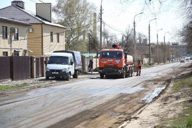 В Волгограде начали восстанавливать улицу Чистоозерную