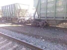 В Михайловке с рельсов сошли вагоны с цементом