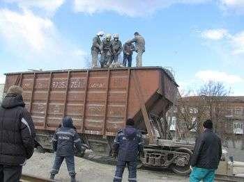 Прокуратура выясняет причину схода вагонов в Михайловке