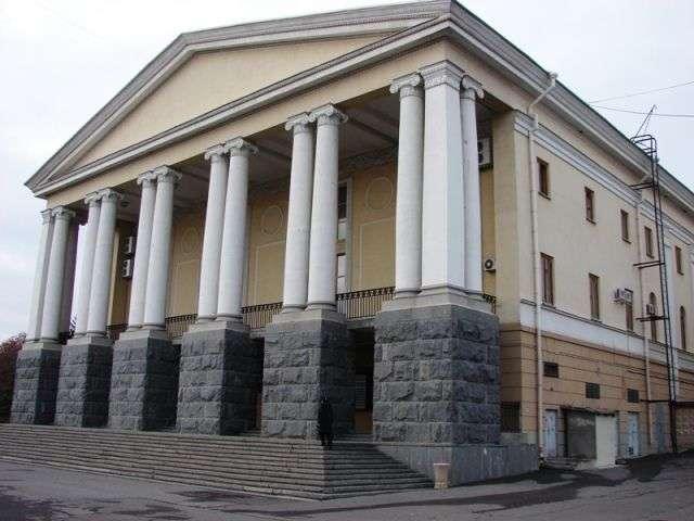 Волгоградцы 15 апреля смогут заглянуть за кулисы Музыкального театра