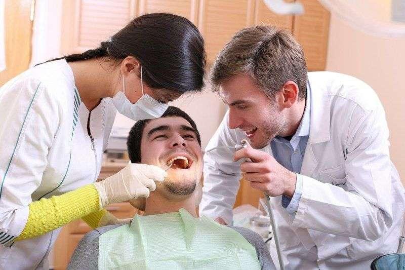 Зубы «на вычет». Как вернуть деньги за лечение у стоматолога