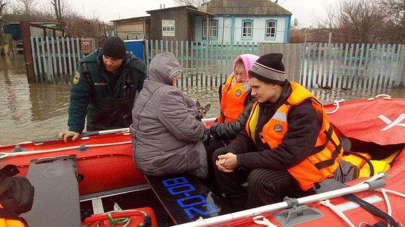 Три реки в Волгоградской области рискуют выйти из берегов