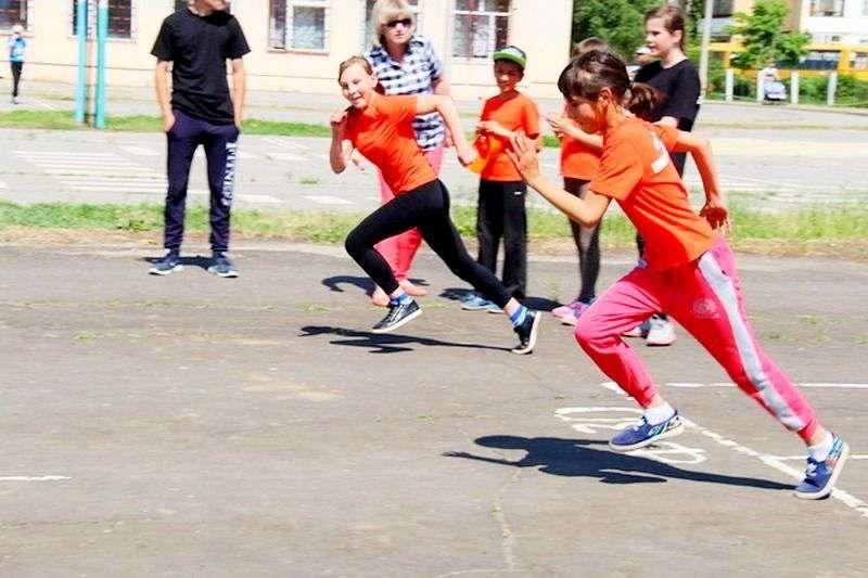 В Волжском состоялось первенство по легкой атлетике среди спортсменов с ограничениями. Видео