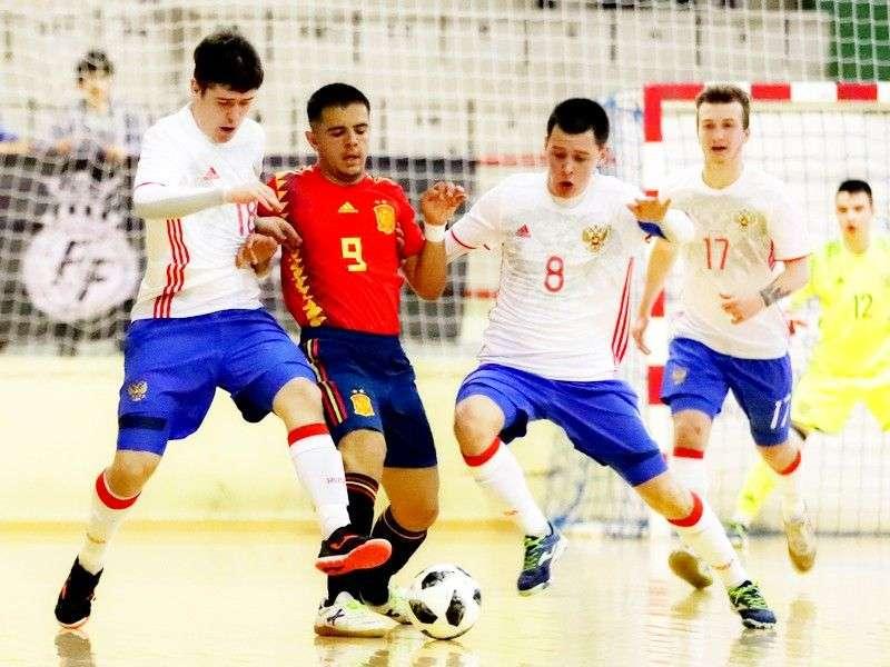 Испания – Россия - 1:5 (0:1).