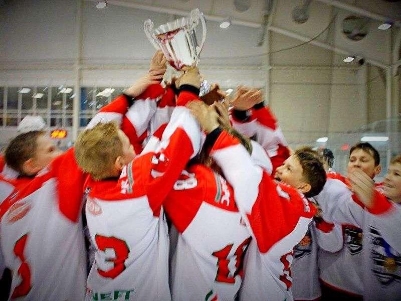 Молодые «нефтяники» победили в «Кубке Третьяка»