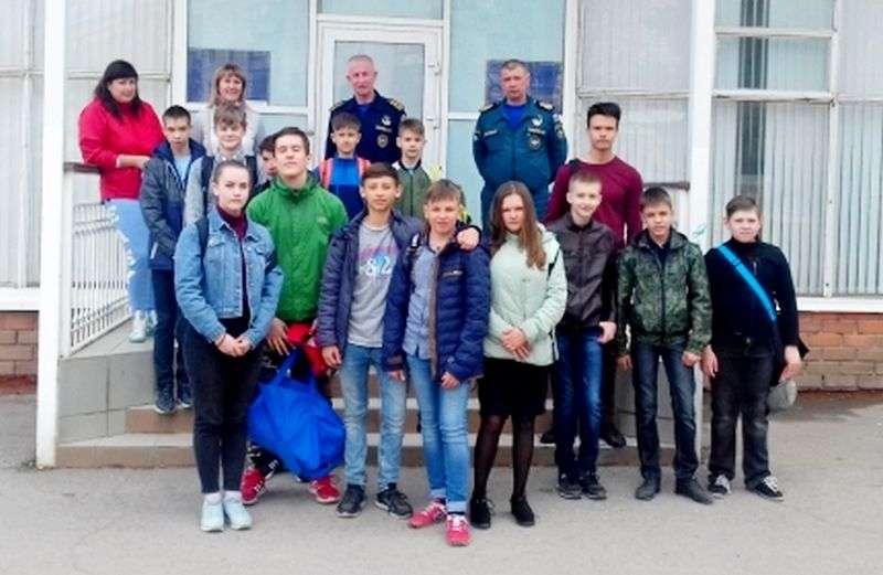 Волгоградских школьников обучают правилам безопасности на воде