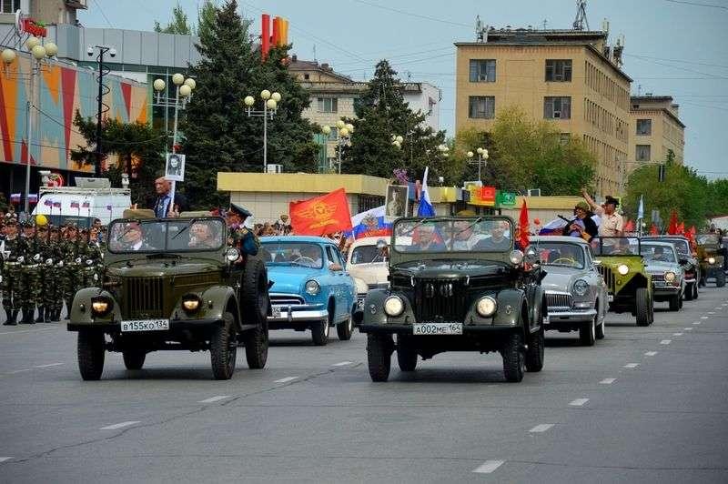 Как прошли парады Победы в Волгограде и в Волжском