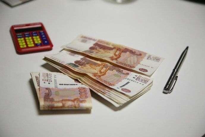 Волгоградским бюджетникам прибавят зарплату