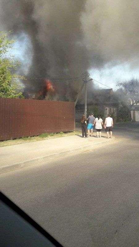 На 39-й Гвардейской внезапно загорелся частный дом